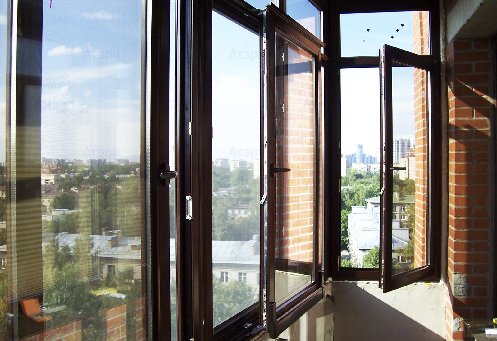 Застеклить балкон rehau.